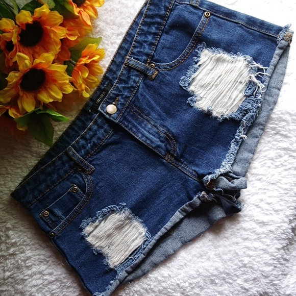 Forever 21 Denim - Destroyed Blue Denim Jean Shorts Daisy Duke - 28